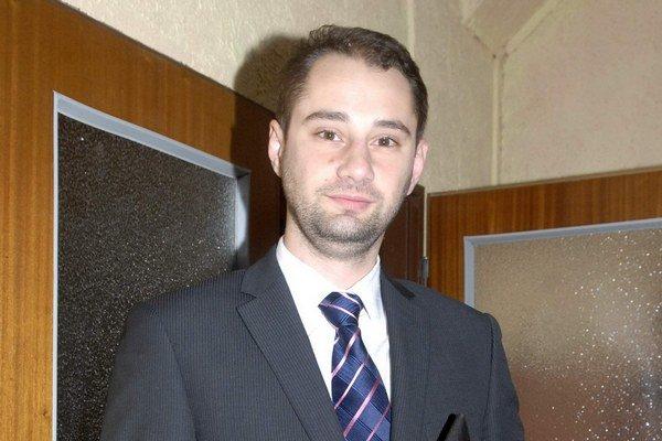 Marcel Gibóda (nezávislý). S návrhom na verejnosť komisií nepochodil ani na meste, ani na Severe.