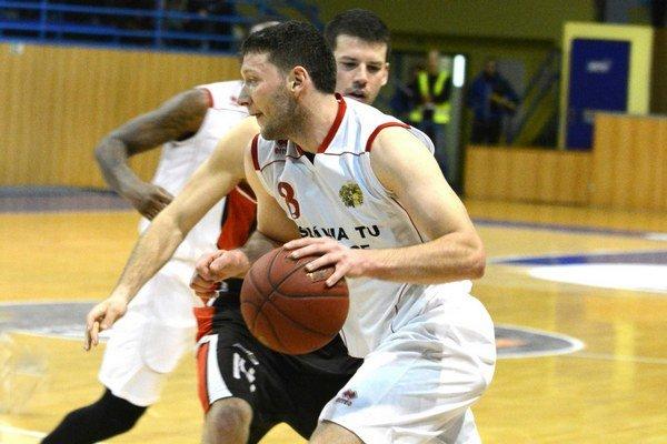 Výhra a prehra. V Trnave pokoril stovku Lechman,  v Považskej Bystrici však Košice neuspeli.
