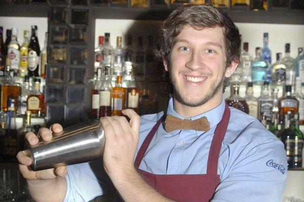 Barman Filip Navrátil.