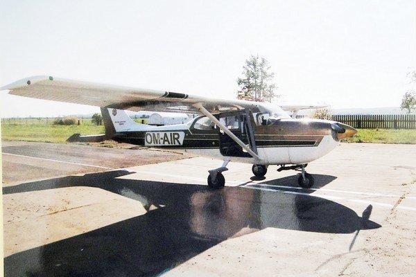 Cesna 172. Z tohto lietadla absolvoval Milan smrteľný pád.