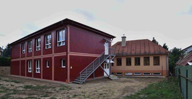 Modulová škola bola otvorená 2. septembra 2015.