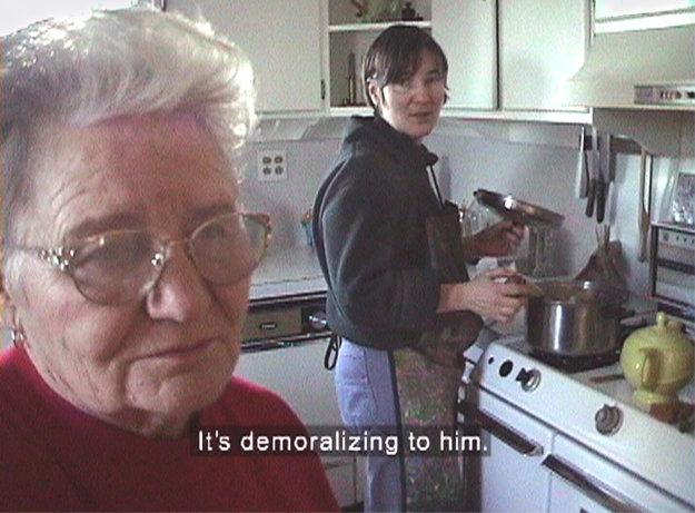 Home Movie: Mama aj manželka Lída si zvykli, že ich Mišo Suchý nakrúcaa, keď nakrúca o filmy o identite.