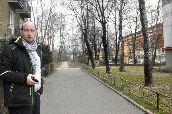 Tomáš Gešovský. Aj jemu pôjde popod okná zásobovacia cesta pre DSS.