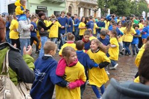 Deti si zábavu na Hlavnej užili.