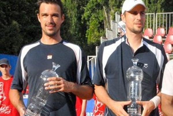 Víťazi štvorhry Kamil Čapkovič a Igor Zelenay.