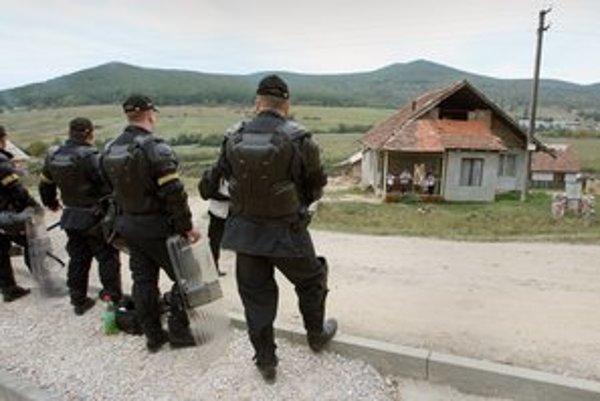 Zásah polície bol podľa ETP Slovensko neprimeraný.