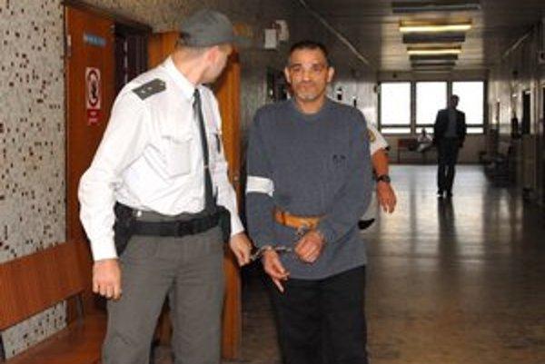 Ján Buncík na súde. Dostal 10 rokov.