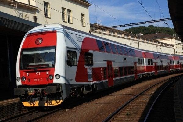 Nový poschodový vlak. Tento typ bude od roku 2014 voziť cestujúcich na východe.