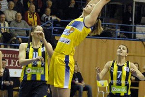 Skvelý výsledok Good Angels. Košické basketbalistky zdolali Fenerbahce 66:63 a vyhrali tak B – skupinu.