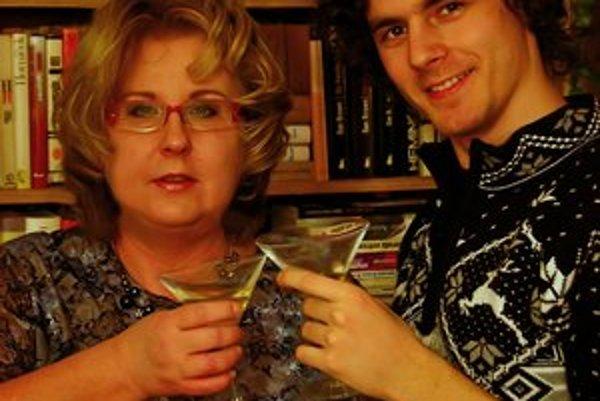 Tina Van der Holland so synom. Veria, že novému vydavateľstvu sa bude dariť.