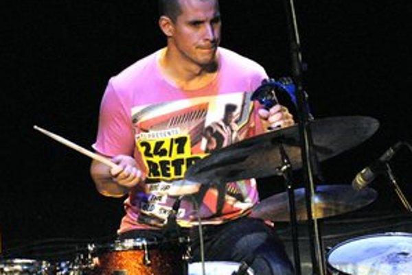 Bubeník Martin Valihora. One Day Jazz Festival je jeho dielom