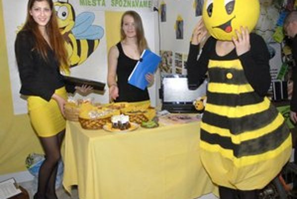 Včielka Maja. Poukázala na pozitíva medu.