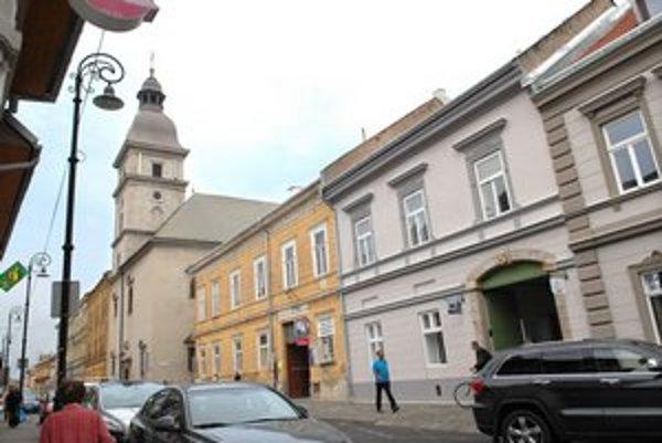 Mäsiarska v centre Košíc. I tu sa dá kúpiť byt za 7 eur/m2.