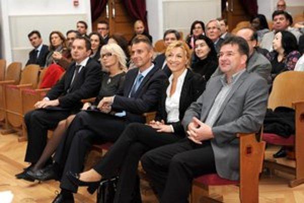Veľvyslanci v Košiciach. Minister Lajčák a ani primátor Raši im Lunik IX radšej neukázali.