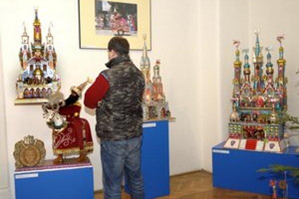 Krakovské betlehemy v múzeu navodili vianočnú atmosféru.