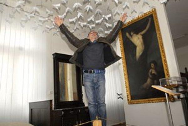 Helmut Bistika. Jeho myseľ lieta rovnako ako anjeli.