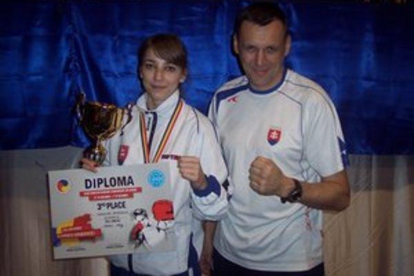 Veronika Petríková a jej tréner Peter Bonk.