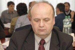 Viliam Beňo. Niektorí stranícki kolegovia z Košíc chcú, aby sa zriekol odstupného, predseda Figeľ nie.