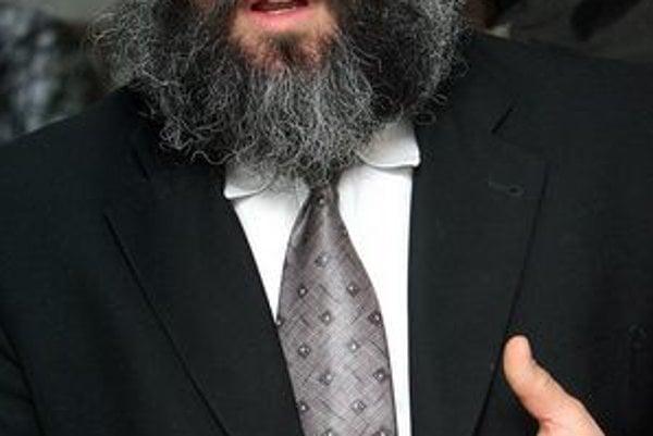 Baruch Mayers. Bratislavský rabín je iniciátorom projektu.