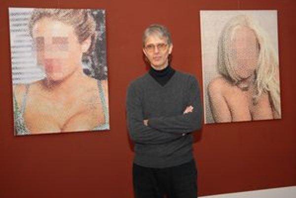 Len pre dospelých. Výstava sa nesie v duchu porna a erotiky.