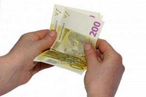 V marci sa v Košiciach objavili falošné 200-dolárové bankovky.