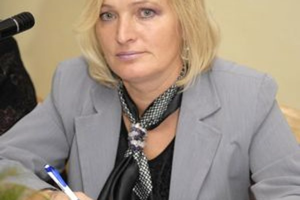 Anna Jenčová. Vstúpila do Smeru.
