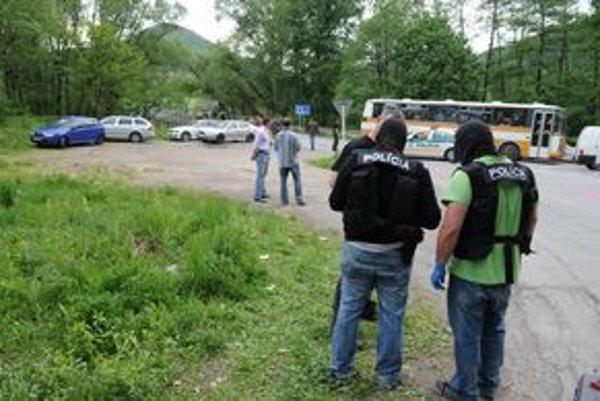 Azda najväčšiu mediálnu pozornosť vzbudil prípad Mateja Čurka, ktorého polícia podozrieva z kanibalských vrážd. Policajti ho smrteľne postrelili pri zásahu na okraji obce Kysak.