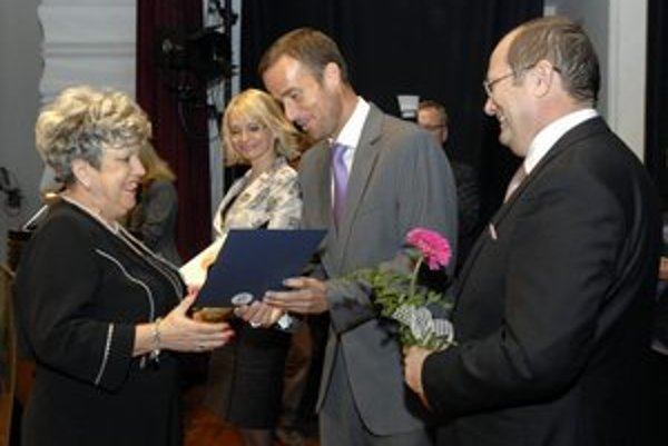 Ocenená Klára Dziaková je verná stále tej istej škole.