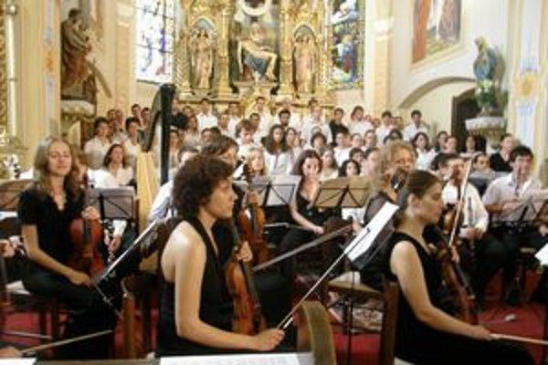 Spomienka na prvý Koncertu porozumenia 2008 v obci Ruská.