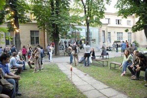 Kulturpark sa s Košičanmi pre rekonštrukciu rozlúči výnimočným koncertom. Pre veľký záujem je už beznádejne vypredaný.