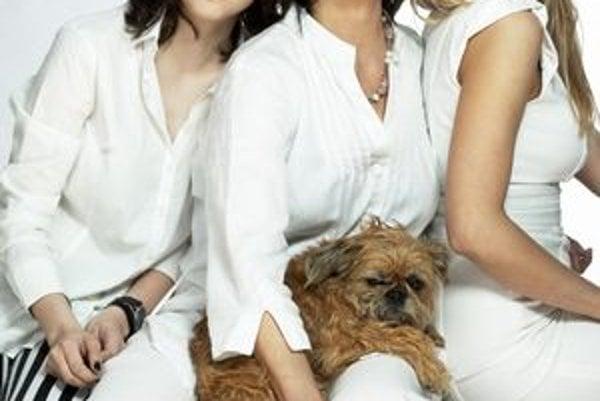 S dcérami Markérou (vľavo) a staršou Terezou.