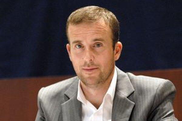 Ladislav Lazár svojimi vyjadreniami o cene tepla mal porušiť etický kódex zamestnanca TEKO.
