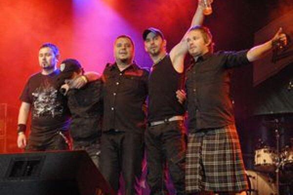 DESMOD vydal album, na turné sa nechystá.