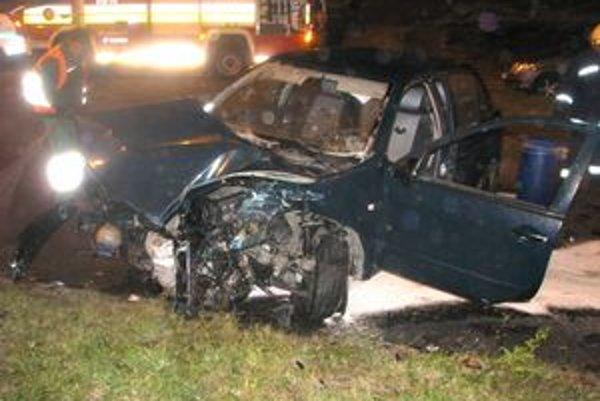 Nehody. Vodiči mali obrovské šťastie, mohlo to dopadnúť i horšie.