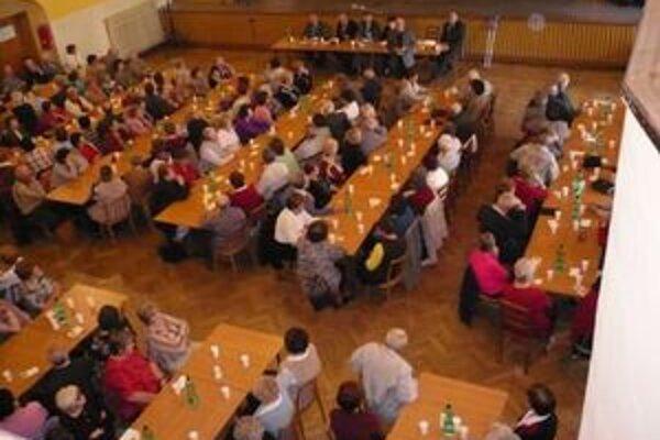 Dôchodcovia chcú ísť do volieb v marci 2012 s vlastnou stranou.