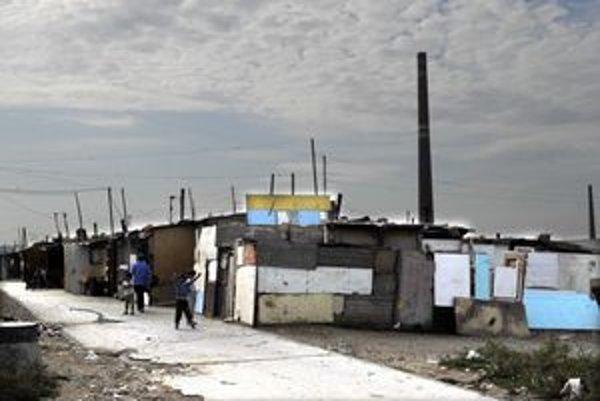 Tieto baraky na Demetri nie sú podľa zákona čierne stavby