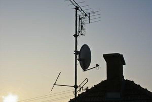 """Analógové vysielanie sa končí aj v Košickom kraji. Od pondelka chytíte """"klasicky"""" už len STV 1, digitálne multiplexy by mali vysielať od polovice apríla."""