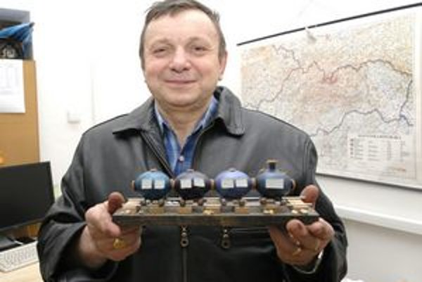 Veľkonočný vláčik. Netradičné hobby dostalo J. Nováka až do Slovenskej knihy rekordov.