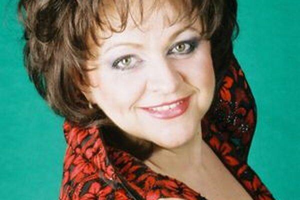 Ľubica Rybárska. si niekoľkokrát zaspievala aj po boku L. Pavarottiho. Vo štvrtok sa predstaví vo filharmónii