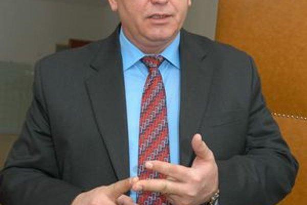 Náčelník Mestskej polície. Juraj Bukuš napriek šéfovským pozíciám nie je nafúkaný ani arogantný. Policajtom v kraji šéfoval takmer štyri roky.