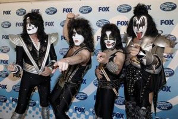 Legenda. Skupina Kiss má svojich napodobňovateľov.