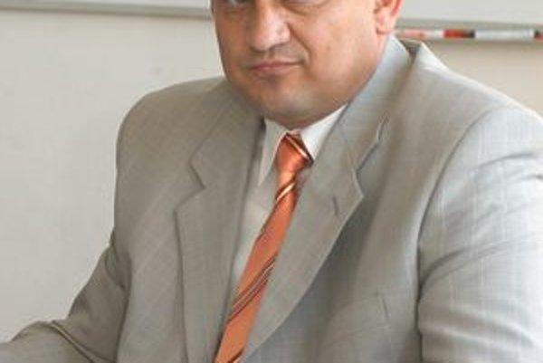 Eduard Adamčík z KDH. Je novým šéfom predstavenstva kardioústavu.