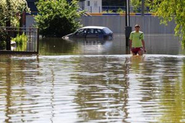 Povodňové škody v Čani sú obrovské. Voda v júni zaplavila okolo 600 nehnuteľností.