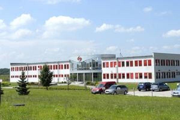 Molex. Americká firma sa rozhodla ďalej vyrábať v Číne.