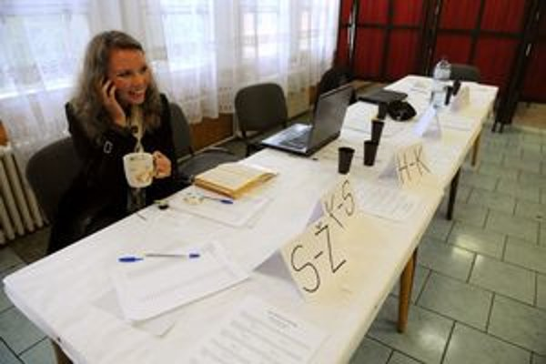 Prázdno v referendovej miestnosti na košickom sídlisku Lunik IX.