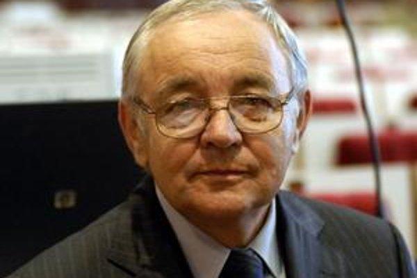 Ján Forgáč. Bude pracovať na štvrtom poste v samospráve a štátnej správe.