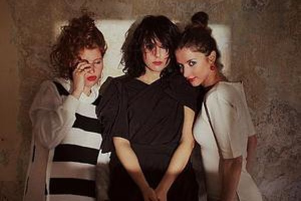 Katka (v strede) ako členka skupiny The Cubes.