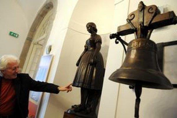V Slovenskom technickom múzeu v Košiciach slávnostne otvorili zmodernizovanú expozíciu hutníctva. Na snímke vpravo bronzový zvon z roku 1627.