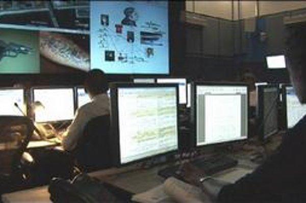 Špeciálne oddelenia polície monitorujú každú oblasť internetovej kriminality.