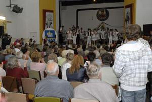Abovské slávnosti. Folklórne súbory vystúpia aj vďaka 6 600 € od daňových poplatníkov z KSK.